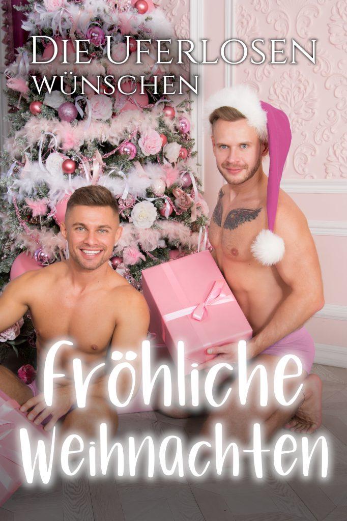 Die Uferlosen wünschen Fröhliche Weihnachten!'(Bild enthält Weihnachtsbaum, Geschenke und zwei junge Männer)